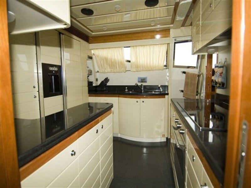 Ferretti 880 Boat Rental Dubrovnik