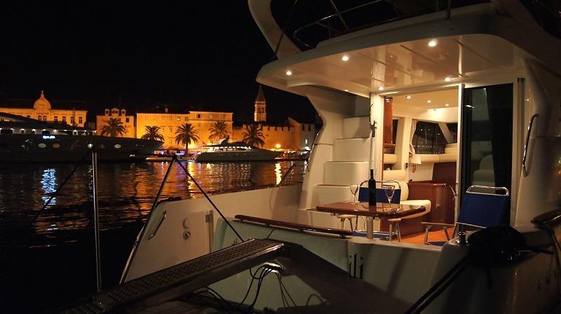 Jeaneau Boat rental Dubrovnik