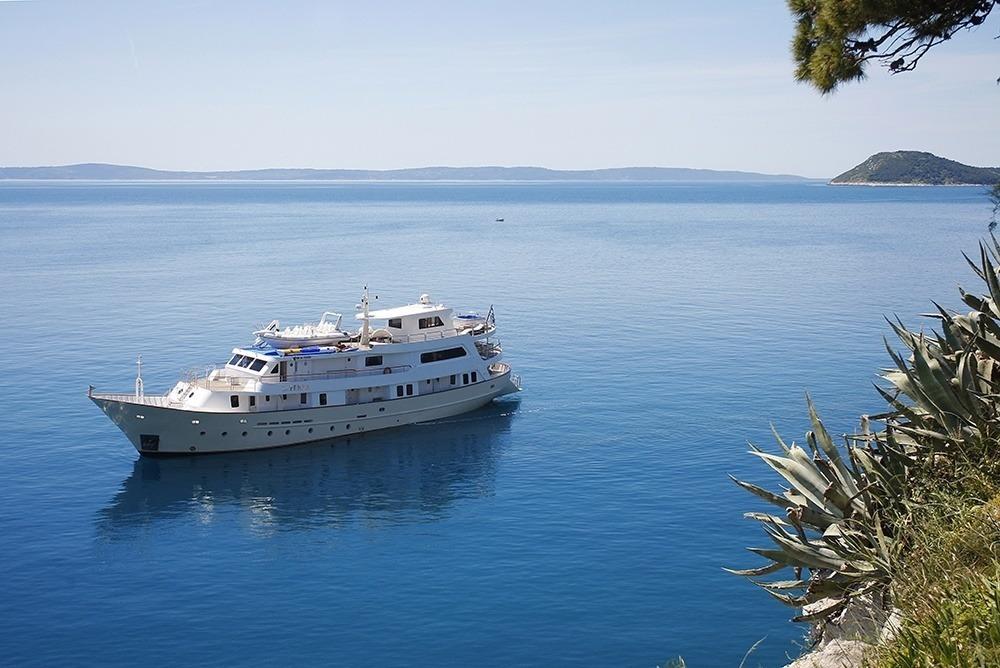 La Croatia yacht rent dubrovnik