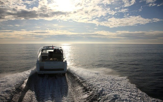 jeanneau leader 10 Boat rental Dubrovnik